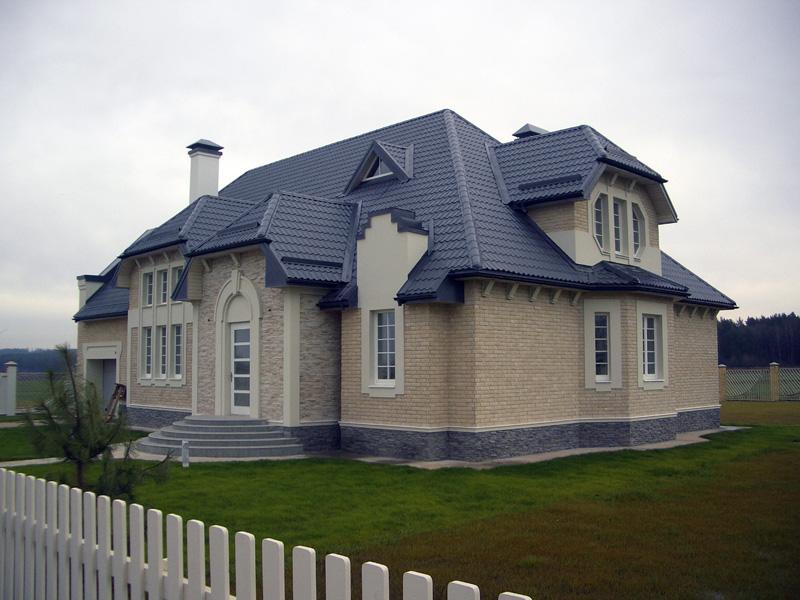 металлочерепица синяя фото домов эта связка